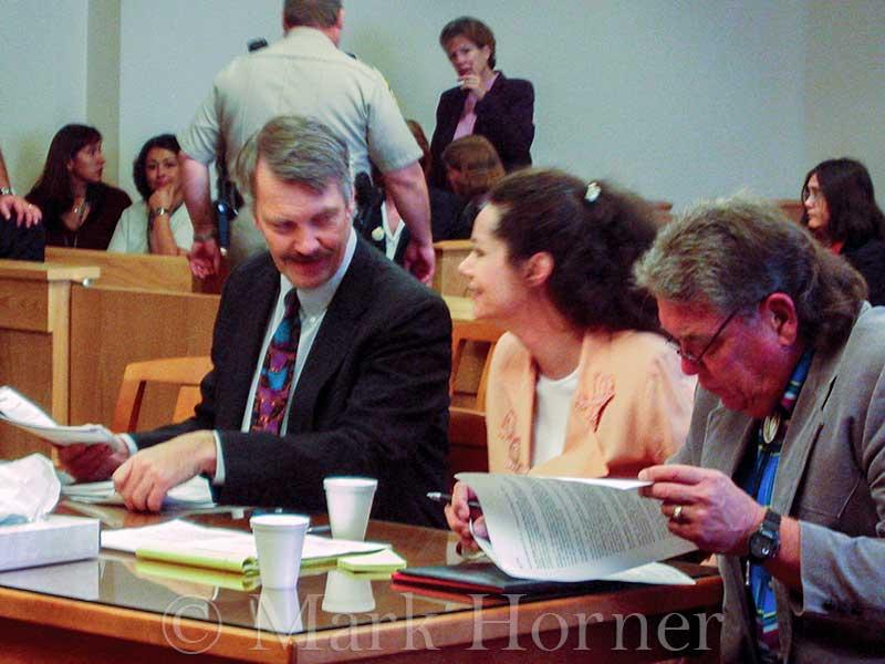 Linda Henning trial 100102 04
